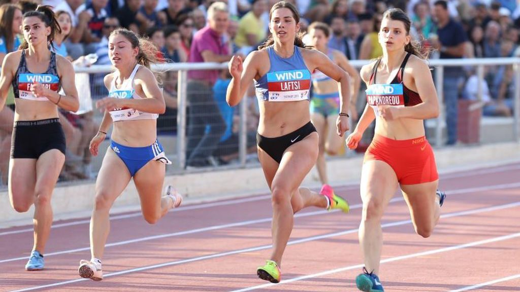 Προκάλεσε αίσθηση με ατομικό ρεκόρ στα «Βενιζέλεια» η Μαρκέλλα Παπανδρέου - Blog - AZ Sport Scholarships - From A to Z How To Sport And Study In The USA